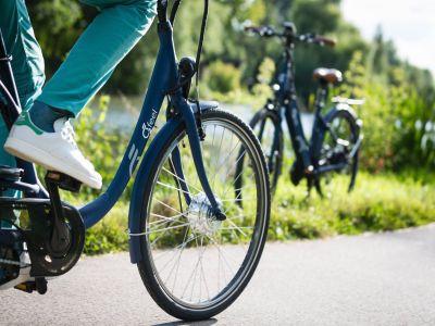 Location de vélos et de trotinettes électriques l'hôtel Quai des Pontis à Cognac en Charente